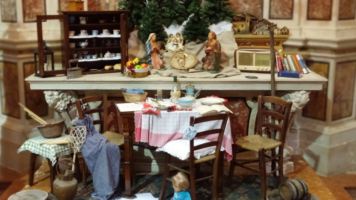 il presepe per il Natale 2015 nella chiesa parrocchiale di Moniga del Garda