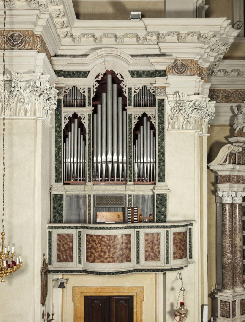 organo Benedetti-Acerbis-Tonoli nella chiesa parrocchiale di Moniga