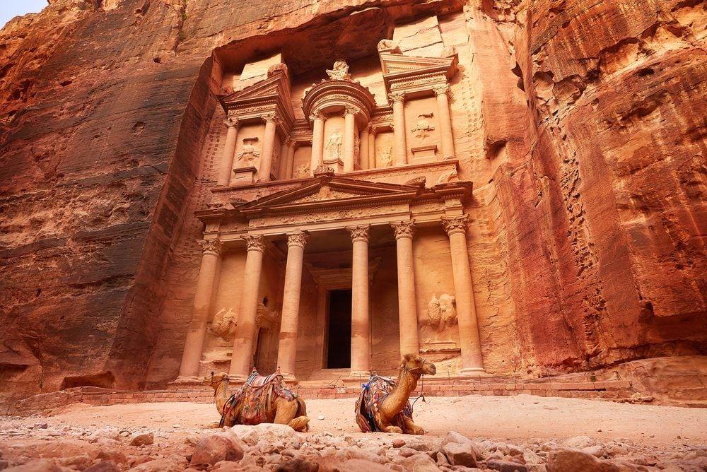 he-treasury-ancient-city-of-Petra